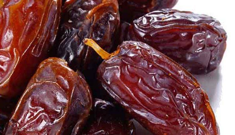manfaat buah kurma ramadhan