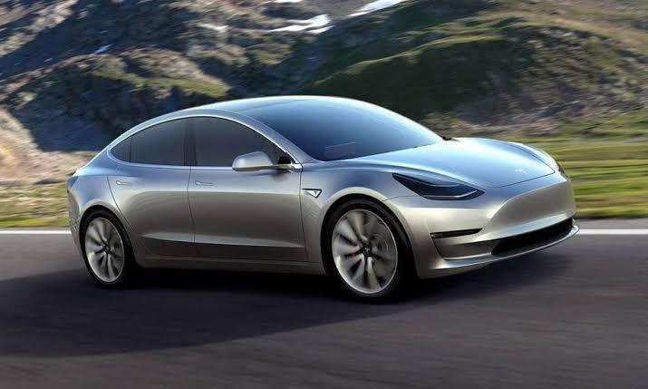Deddy Corbuzier Orang Indonesia Perdana Miliki Tesla Model 3 Seharga Rp 1 Miliar Pena Merdeka